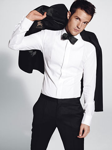 Brandon-Flowers-in-GQ-the-killers-2860150-360-480